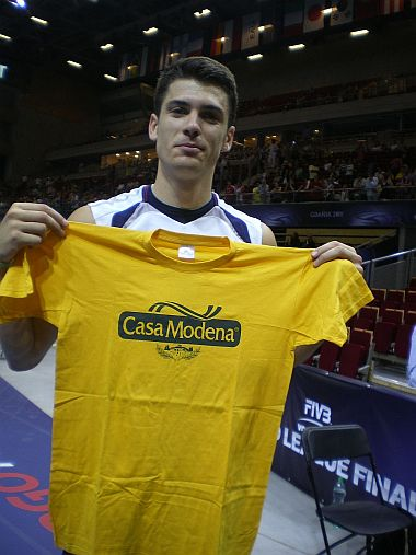 Usa volleyball player matthew matt anderson for Casa modena volley