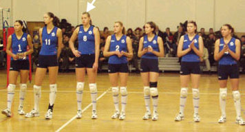Sexy college female volleyball players — photo 14