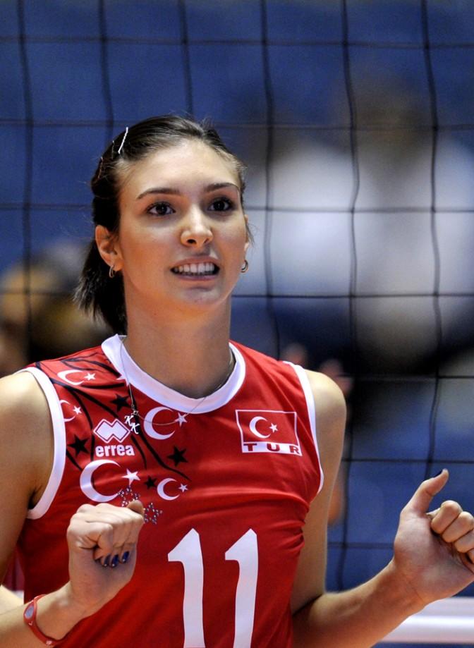 17 neslihan demir turkish volleyball player - 2 5