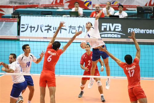 jose rivera volleyball 300x199 jose rivera volleyball