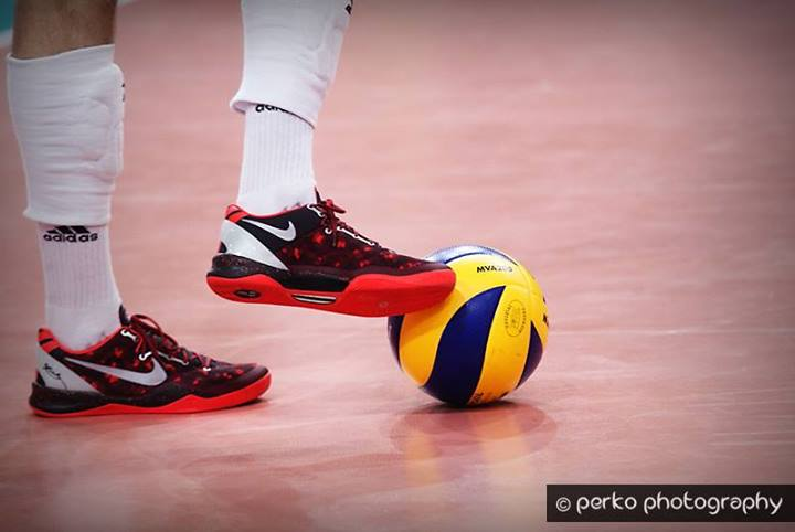best volleyball shoes mizuno Wave Lightning RX3 5