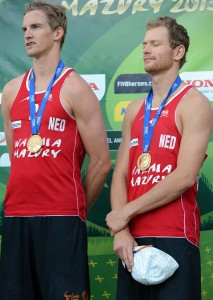Robert Meeuwsen and Alexander Brouwe 3 213x300 2013 Beach Volleyball World Championships