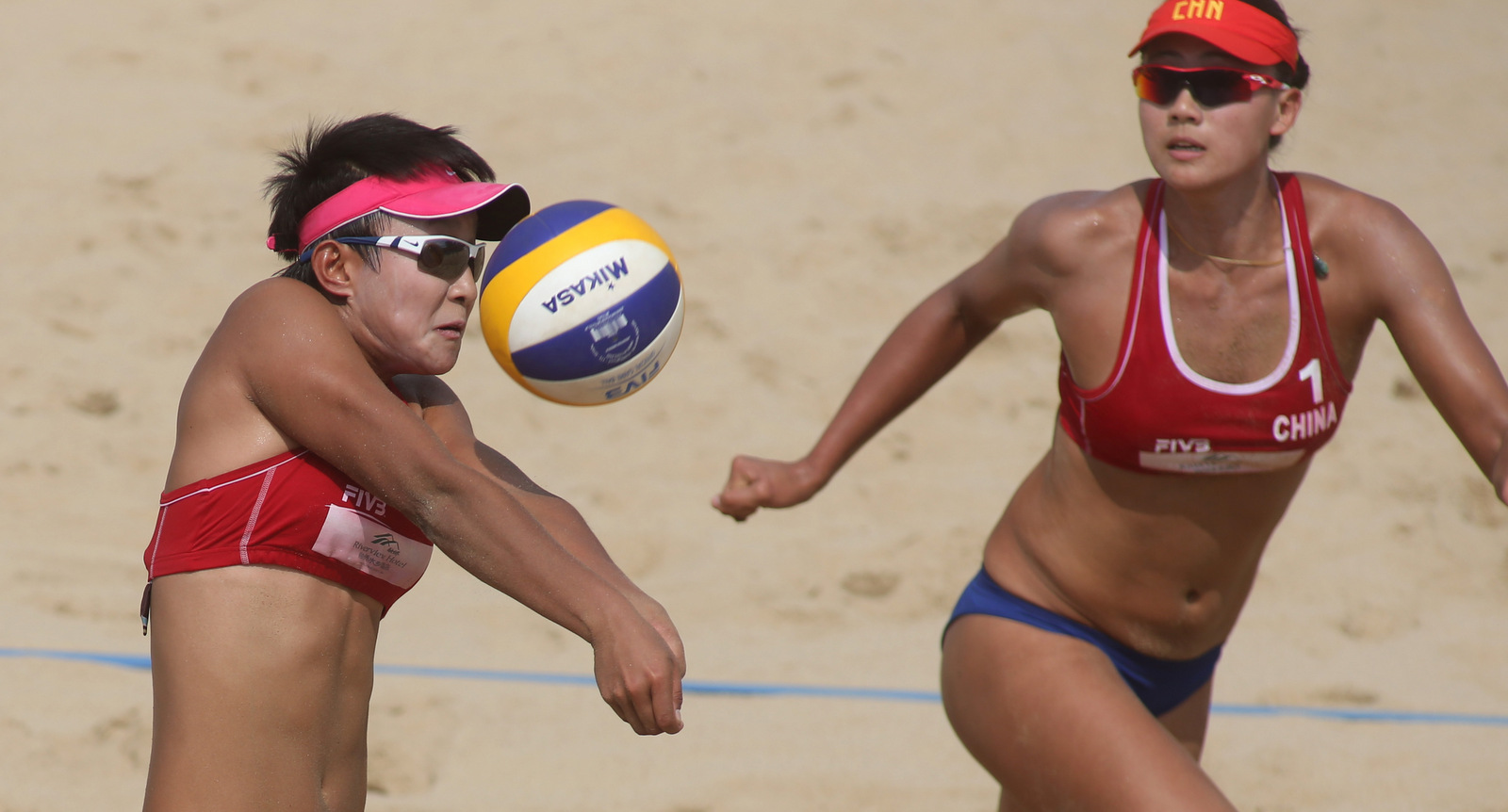 Xue Chen & Xia Xinyi Chinese beach volleyball players