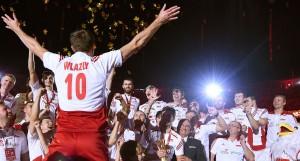 Poland's Mariusz Wlazly celebrate after awarding ceremony