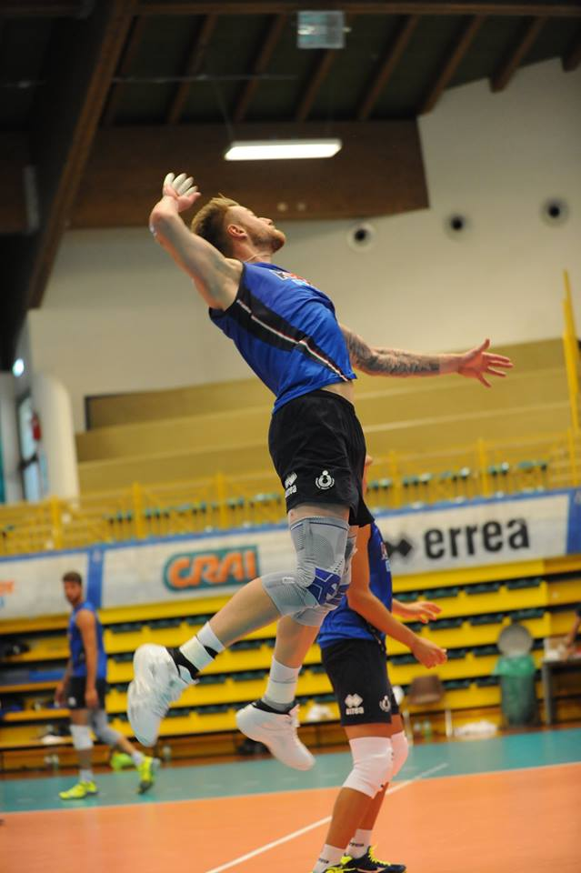 Volleyball Piccadilly amp; Ivan Best Player Zaytsev Italy Gw7w0qxz zfqwBzd0